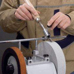 Dispositif d'affûtage des fers creux - Affûteuse NTS 251