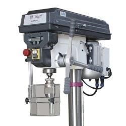 Perceuses d'établi et à colonne Optimum D 26 pro (230V), Panneau de commande, cabestan et carter de protection du mandrin.