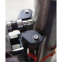 Perceuse magnétique Optimum DM 50 PM, en position sur tube