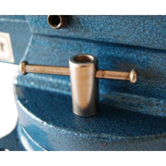 Verrouillage de la base par bras sur l'etau rotatif 100 mm Unicraf- 6350100