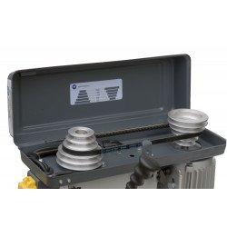 Transmission silencieuse grâce aux poulies en aluminium usiné et à l'axe de poulie moteur cranté. Perçeuse Quantum B 14