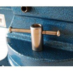 Verrouillage de la base par bras sur l'etau rotatif 125 mm Unicraf- 6350125